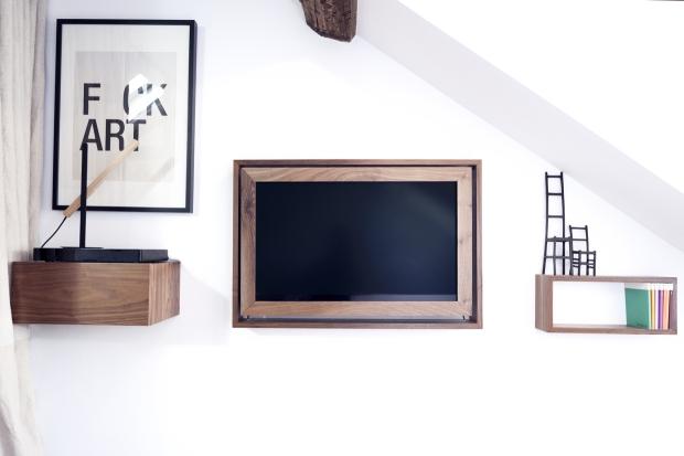 Margaux Beja appartement - chambre tv