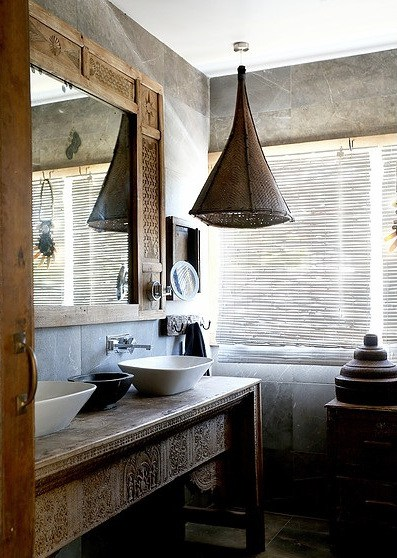 Charles Ray and Coco - decoration - bathroom  - Australie