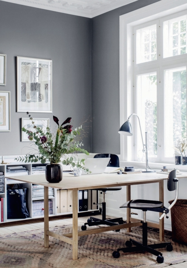 Charles Ray and Coco - folding-table-grey-walls-photo-chris-tonnesen