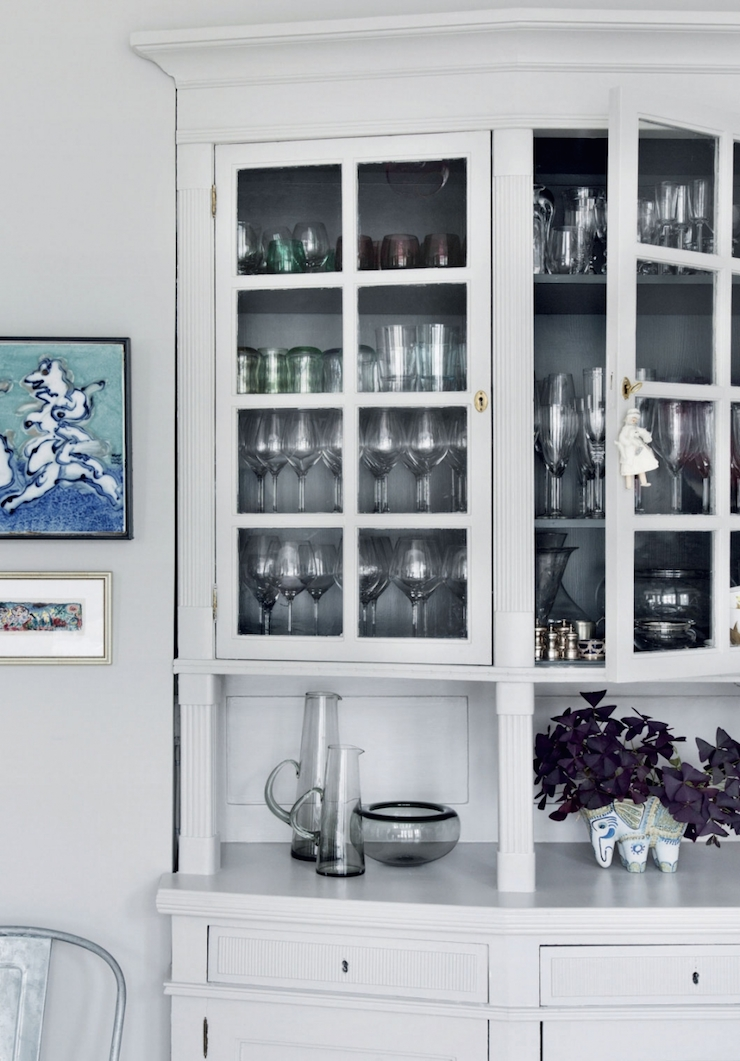 Charles Ray and Coco - white-glass-cabinet-photo-chris-tonnesen