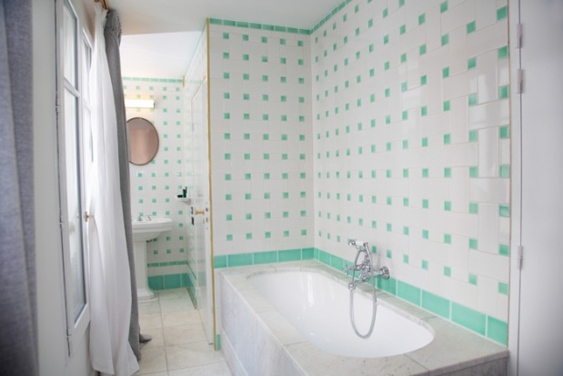 Charles Ray and Coco Blod deco et design - hotel grand amour - pigalle - bathroom 2