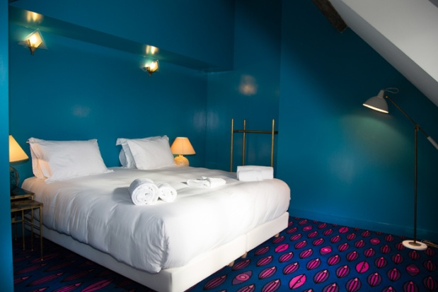 Charles Ray and Coco Blod deco et design - hotel grand amour - pigalle - bedroom