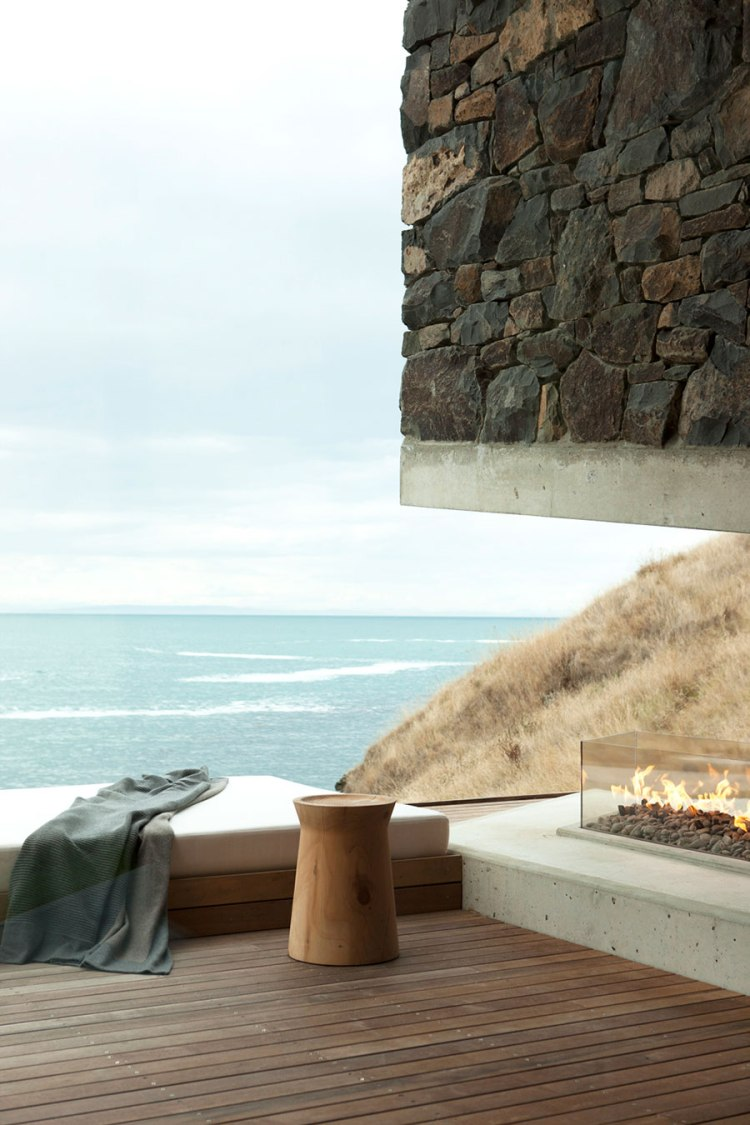 CharlesRayandCoco_seascape_retreat_peninsula_pattersons