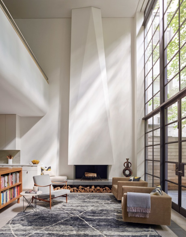 american-house-fireplace-stevenharris-charles-ray-and-coco-blog-decoration-design-bordeaux