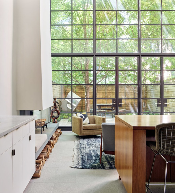 american-house-living-room-stevenharris-charles-ray-and-coco-blog-decoration-design-bordeaux