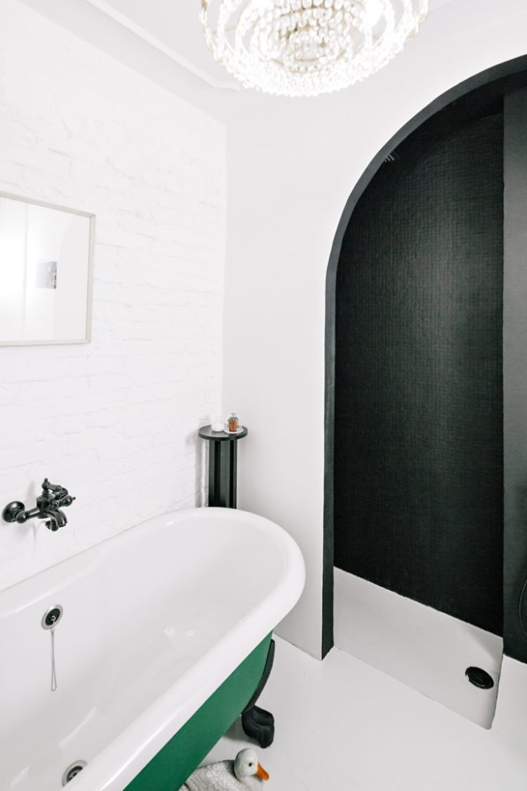 charles ray and coco - blog deco et design - actualite de la decoration et du design - visite - apartment-on-leningradsky11-768x1152