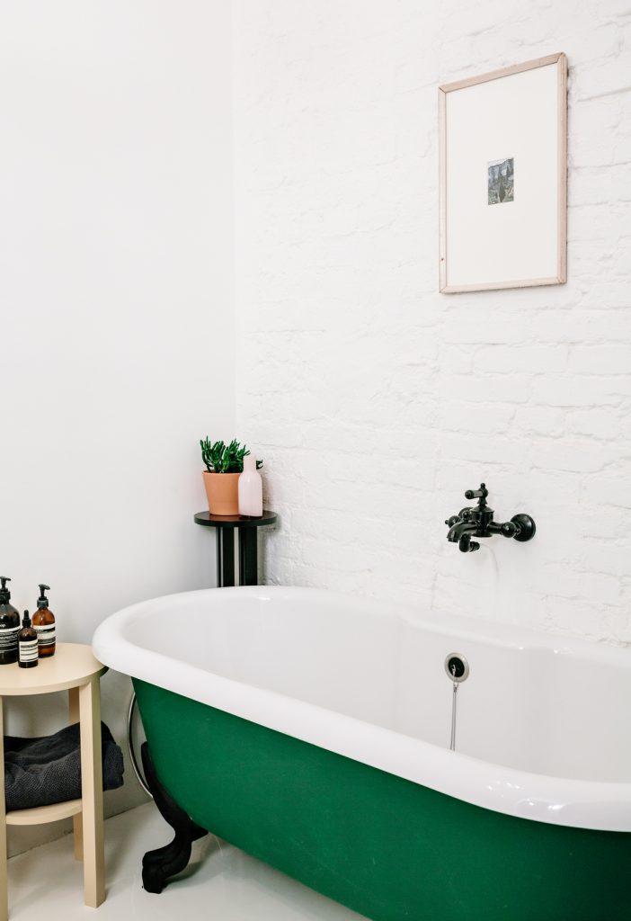 charles ray and coco - blog deco et design - actualite de la decoration et du design - visite - apartment-on-leningradsky12-702x1024