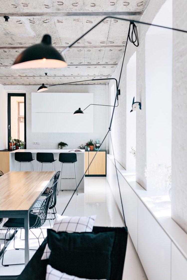 charles ray and coco - blog deco et design - actualite de la decoration et du design - visite - apartment-on-leningradsky19-768x1152