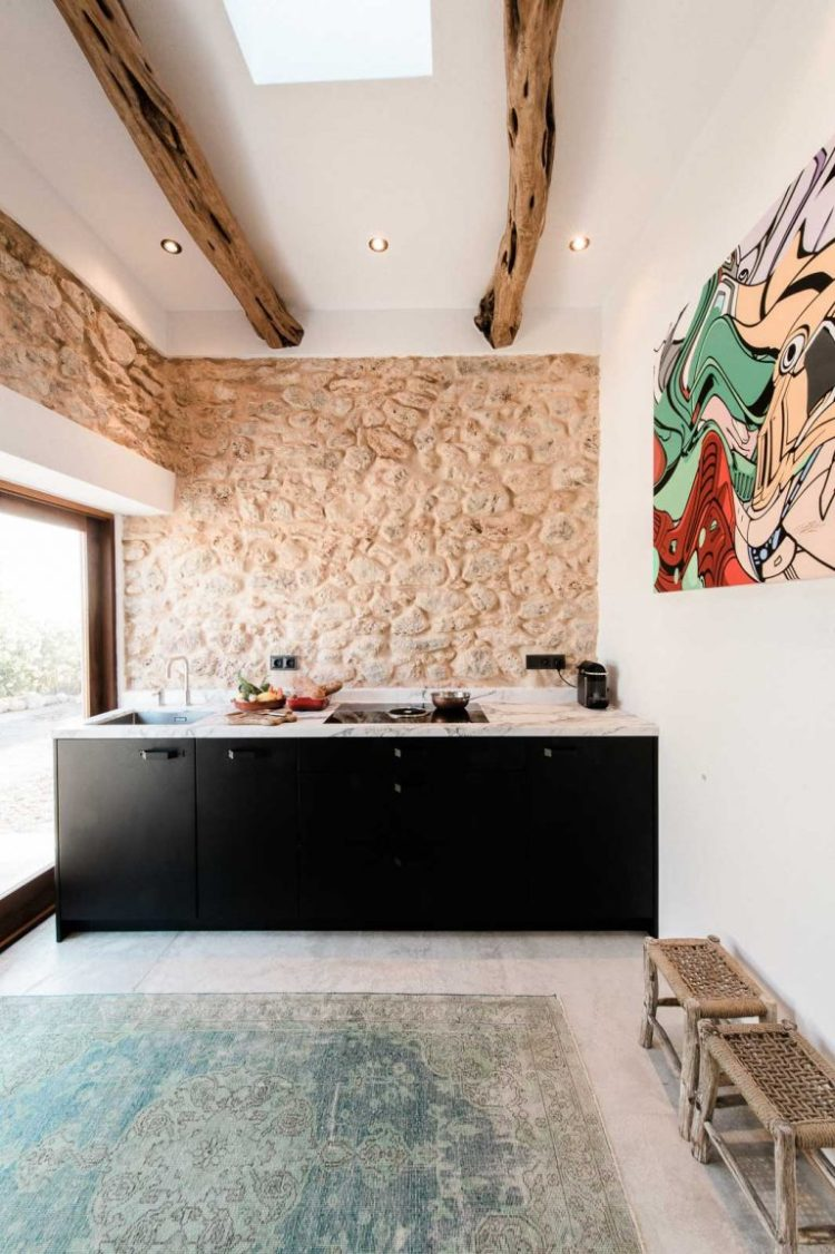charles ray and coco - blog deco et design - actualite de la decoration et du design - visite - interior - cuisine - ibizacampo-ibizainteriors-lr-5-768x1154