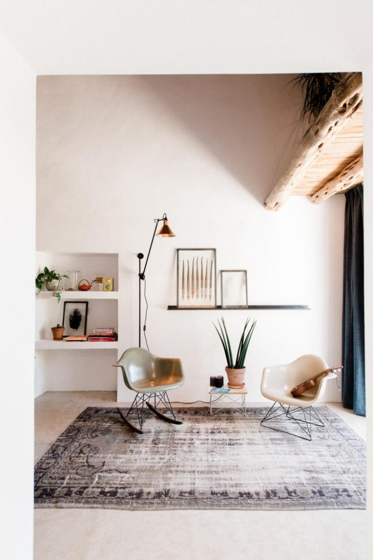 charles ray and coco - blog deco et design - actualite de la decoration et du design - visite - interior - eames - ibizacampo-ibizainteriors-lr-8-768x1154