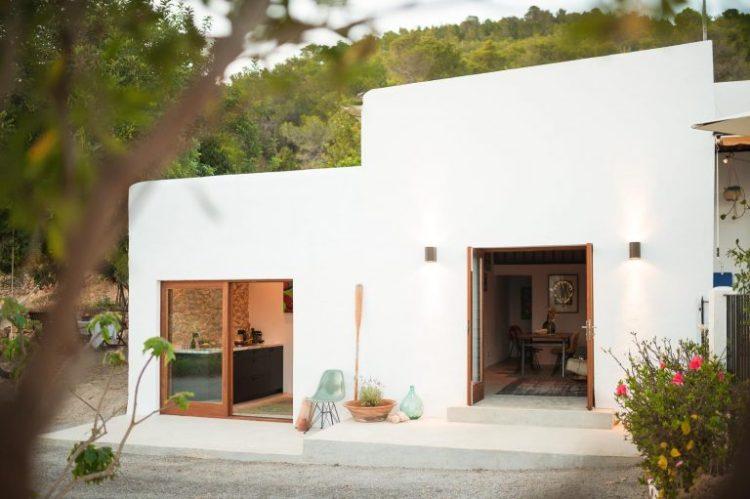 charles ray and coco - blog deco et design - actualite de la decoration et du design - visite - interior - ibizacampo-ibizainteriors-lr-12-768x511