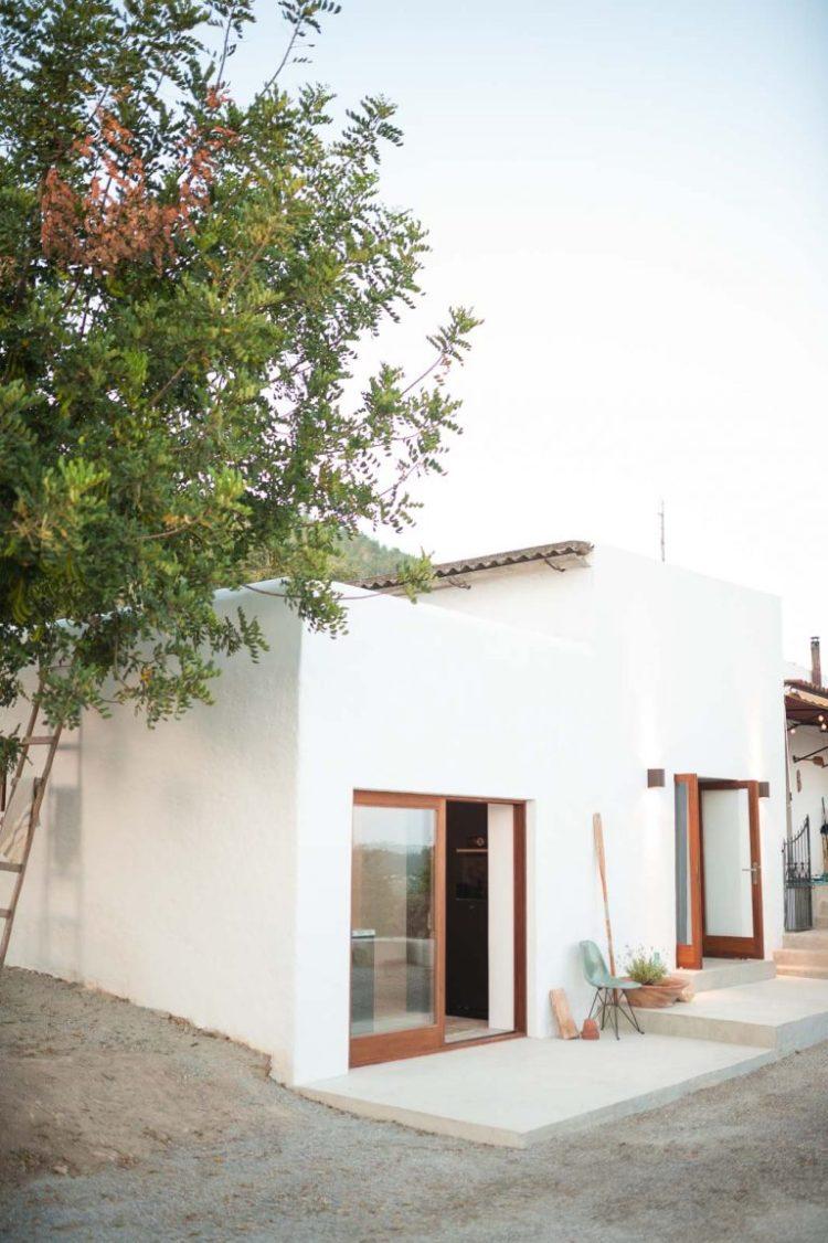 charles ray and coco - blog deco et design - actualite de la decoration et du design - visite - interior - ibizacampo-ibizainteriors-lr-13-768x1154