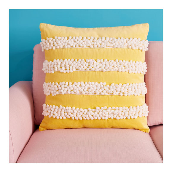 wear lemonade x monoprix - coussin jaune maison - 30