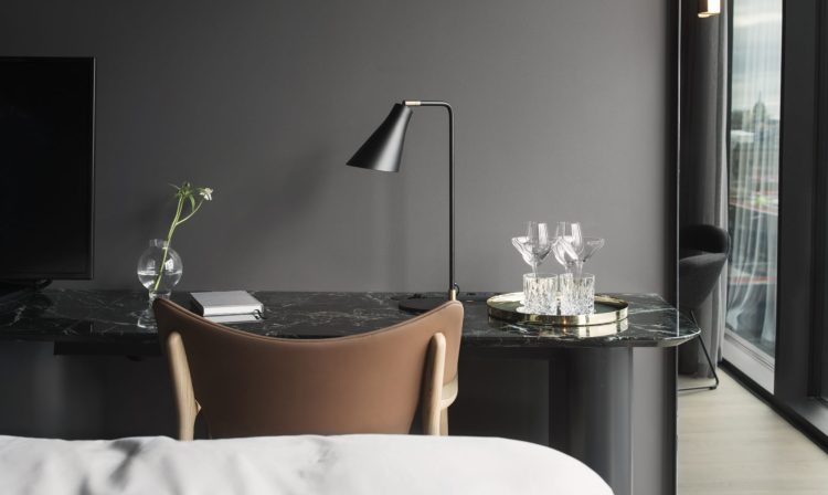 Charlesrayandcoco-blog-deco-design-visite-Hotel-At-Six-Stockholm-Nordicdesign - bureau